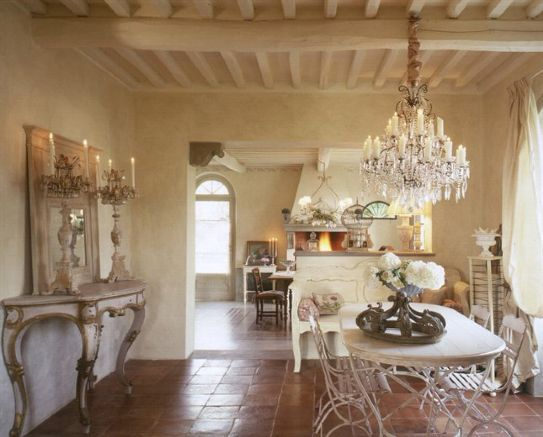 Soggiorno stile provenzale / Living-room   Casas provenzales ...