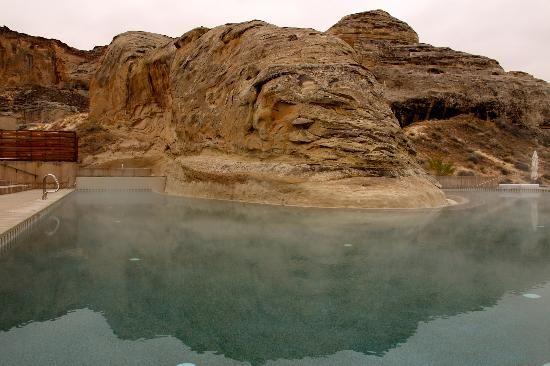 Amangiri,  Big Water, UT : heated pool