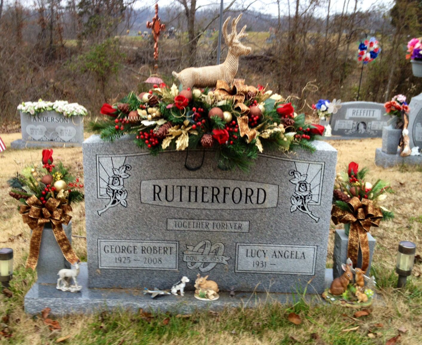 Christmas Grave saddle for my Father-in-law. | Grave ...