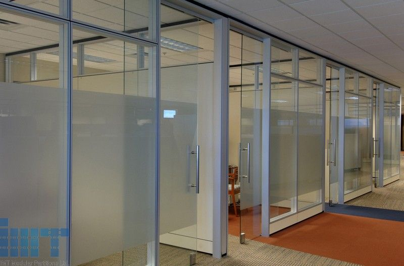 Frameless glass sliding doors for modular office for Sliding door partition wall