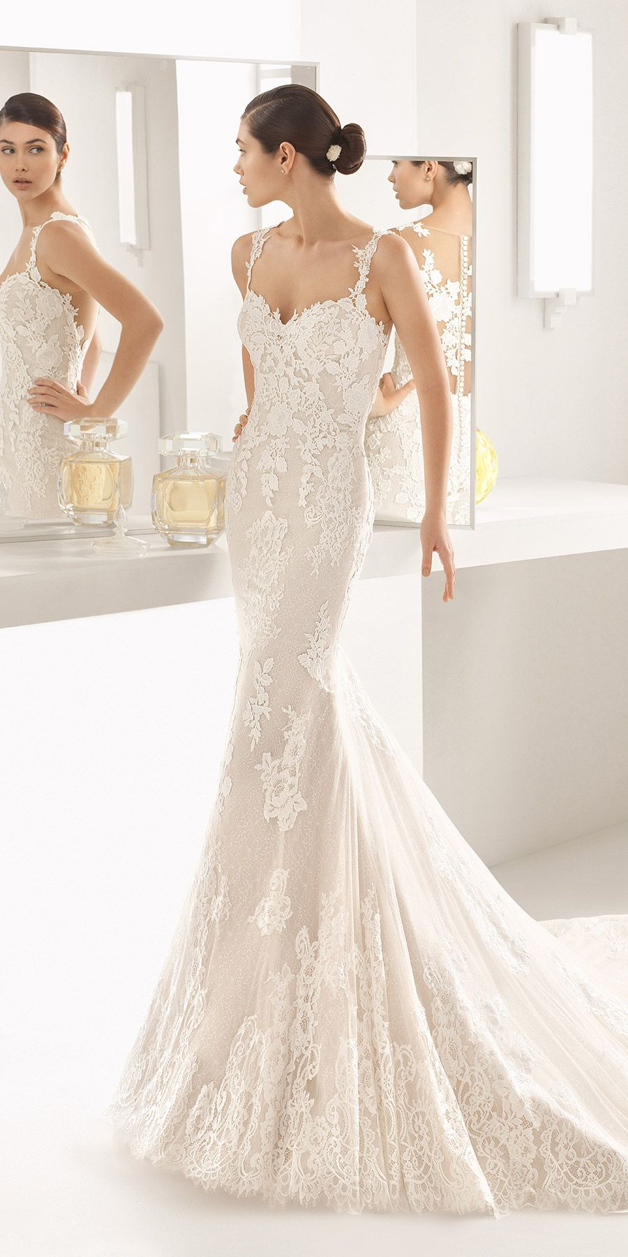 Oboe by rosaclara an elegant mermaid gown in stunning guipure lace
