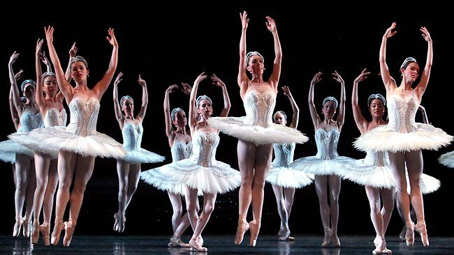 Arts: Dance plays a big part in the arts in Australia.There are ...