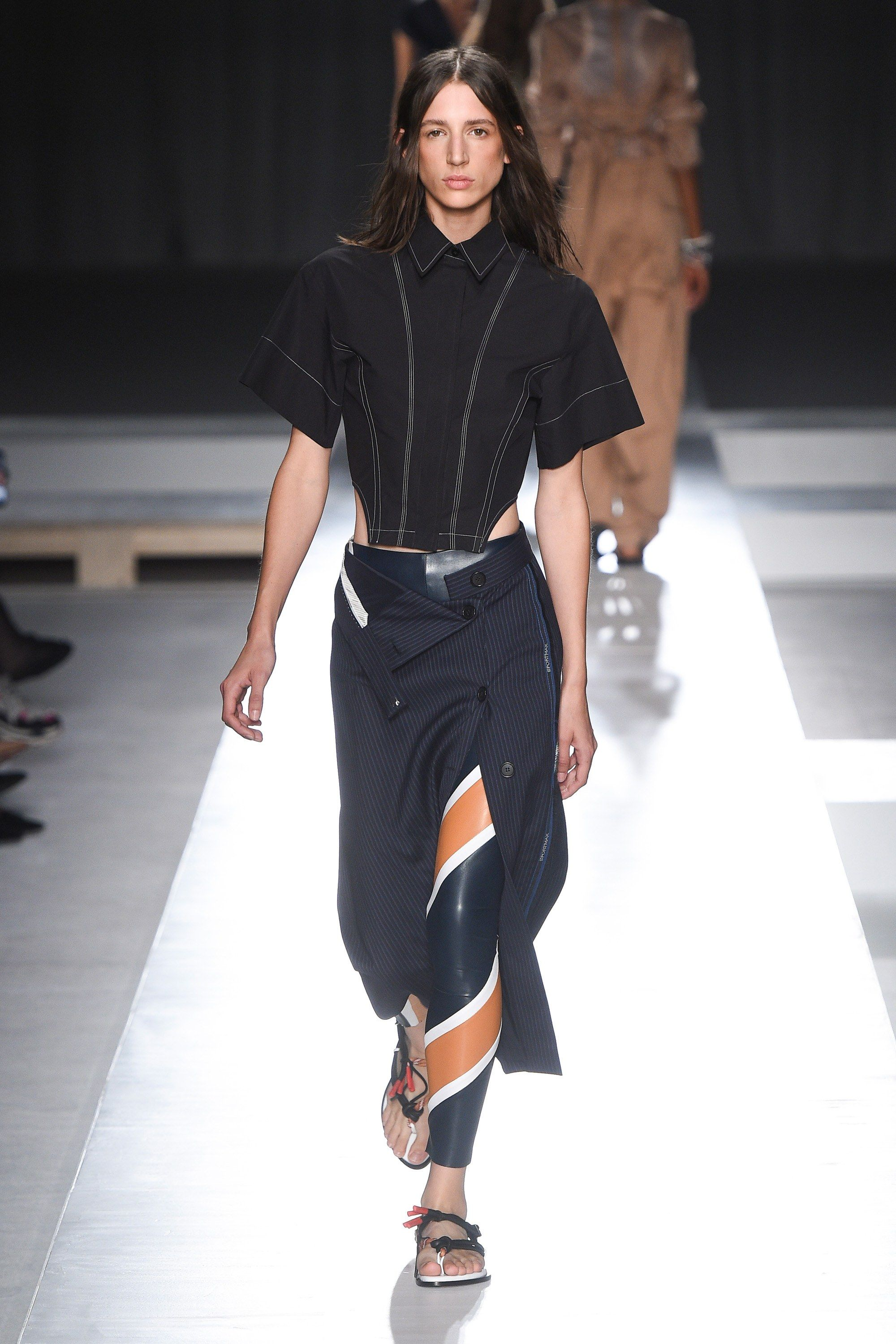 Sportmax Spring 2019 Ready-to-Wear Collection - Vogue. Find this Pin and  more on SHOWS  4dc08a37a