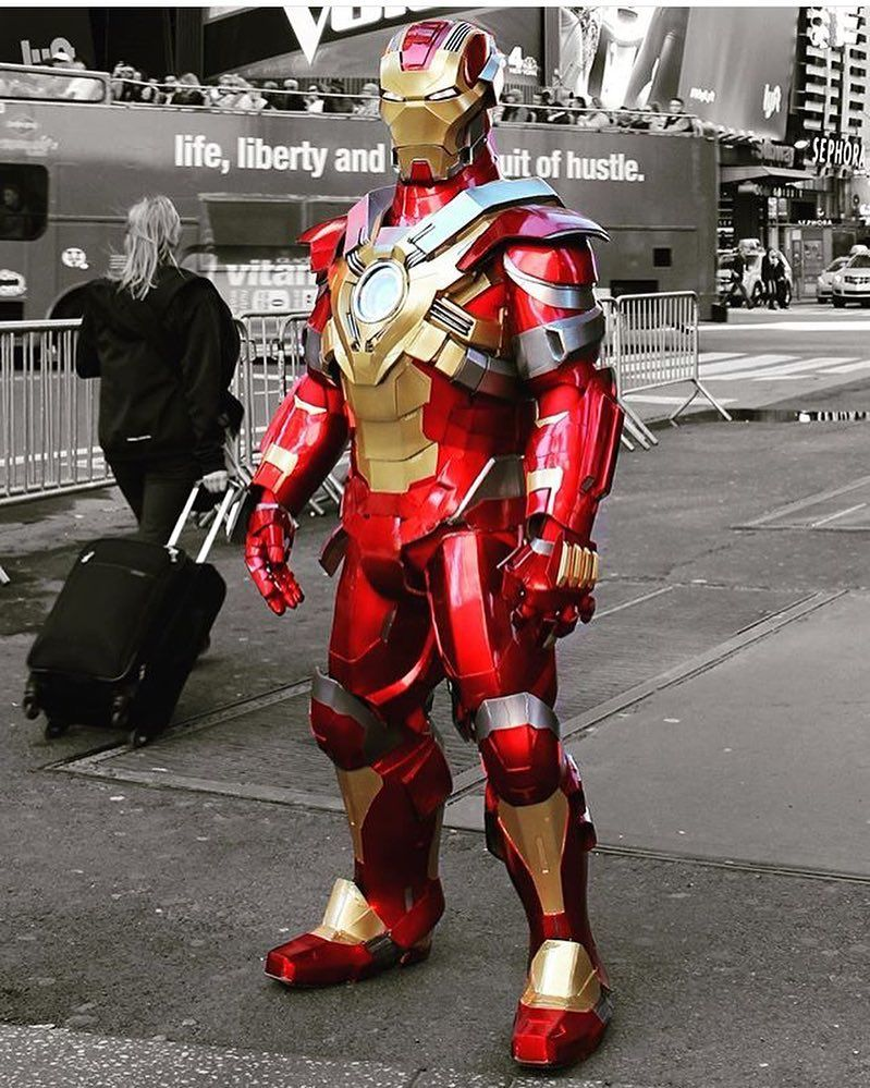 how to make iron man cosplay