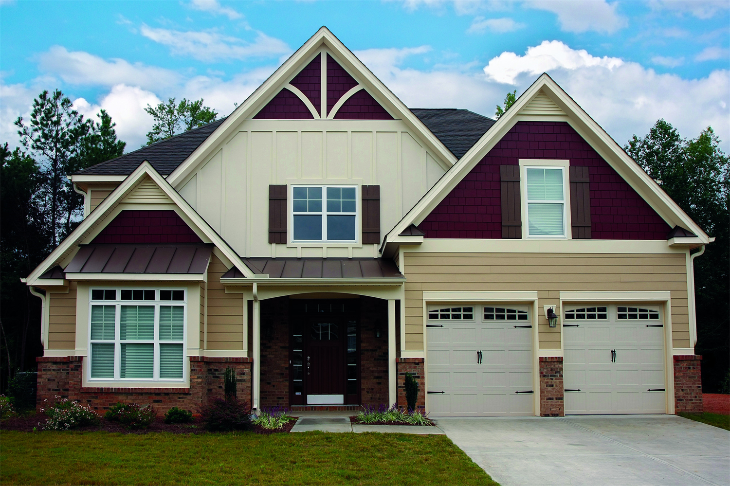 James Hardie Countrylane Red Accents Design Ideas Photo Showcase House Siding Siding Colors Tan House
