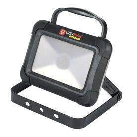 Utilitech Pro Led Rechargeable Portable Work Light Wl160206