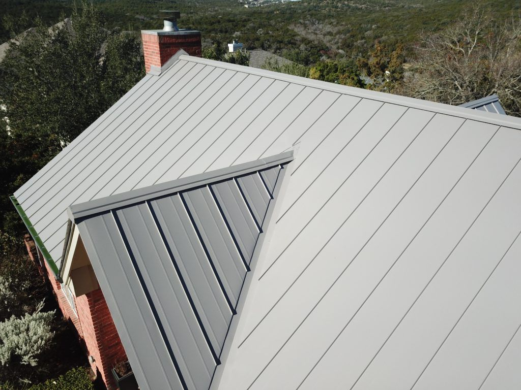 Snap Lock Standing Seam Roofing Near Austin Tx Green Knight Www Greenknight Com Standing Seam Standing Seam Roof Metal Roofing Systems