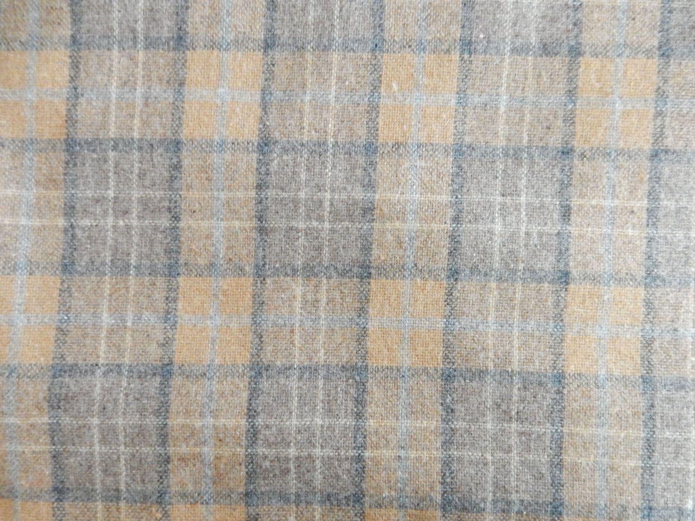 5.5 Continous Yards RedGreen Fabric