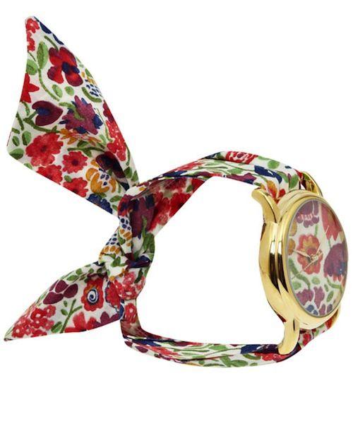 une montre avec un bracelet en tissu diy clothes accessories pinterest liberty diy. Black Bedroom Furniture Sets. Home Design Ideas