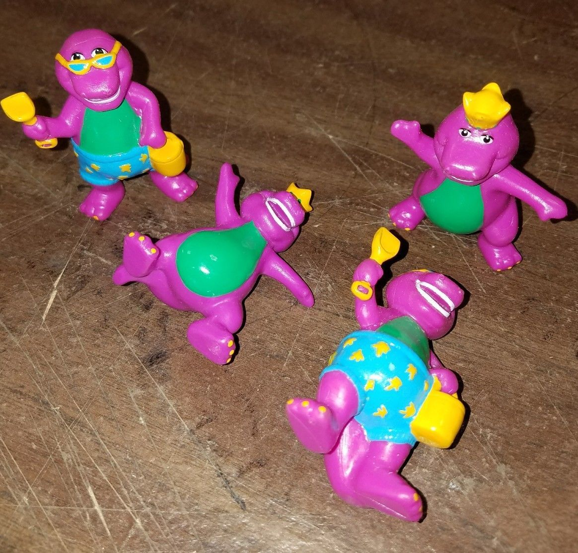 Lot of 4 1993 SMALL BARNEY FIGURE IN RAINCOAT LYONS GROUP unique ...