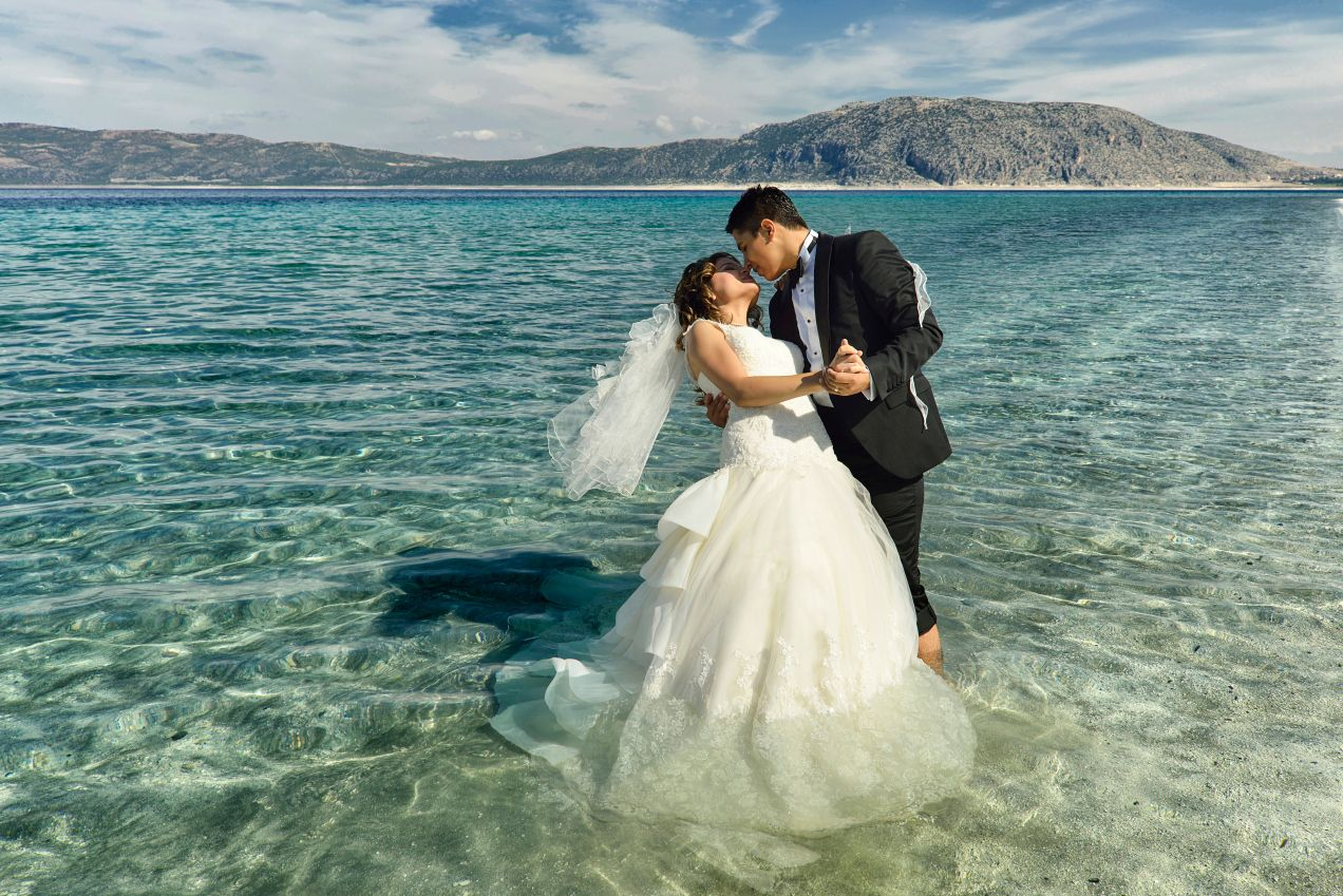 FirstDance Songs for Your Coastal Wedding (With images