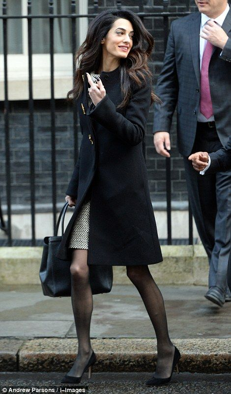 George Clooney S Human Rights Lawyer Wife Meets With Pm At Number 10 Lawyer Fashion Fashion Style