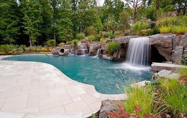 Deslumbrantes piscinas cachoeiras