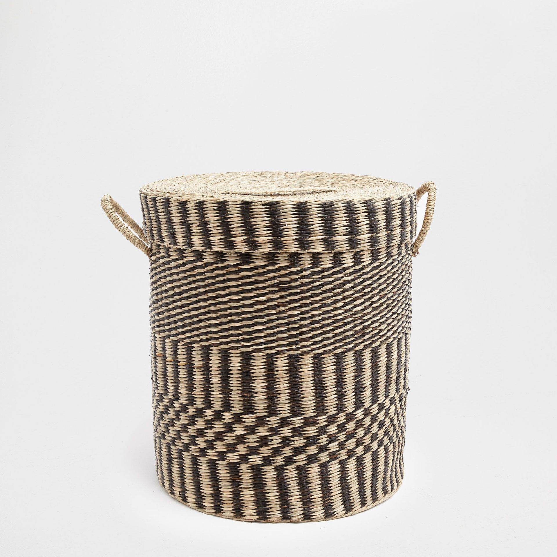 Two Tone Clothes Basket With Lid Baskets Bathroom Zara Home