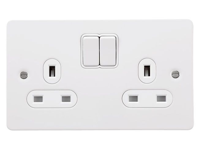 Gu3220wpw 2 Gang 13a Switched Double Socket In White Metal Flat Plate White Insert Schneider Gu3220wpw White Metal Sockets Light Switches And Sockets