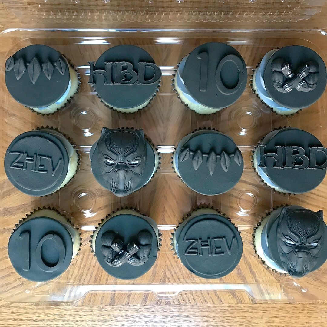 Black panther cupcakes Pantera negra, Cupcakes, Pantera
