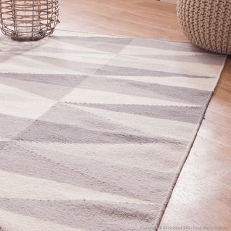 tapis 100 laine tiss main losanges gris et beige lina. Black Bedroom Furniture Sets. Home Design Ideas