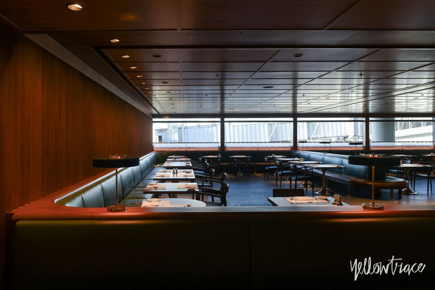 Cathay Pacific S The Pier First Class Lounge In Hong Kong By Ilse