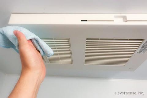 実録保存版 お風呂の換気扇を掃除する 5分でできる方法をご紹介