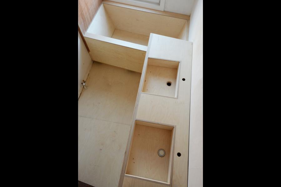 Berken Multiplex Badkamer : Polyester badkamer voor pauline & simon stukken badkamer pinterest