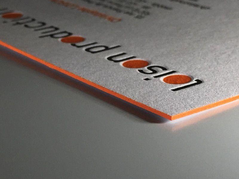 Carte De Visite Letterpress Pantone Fluo Orange Et Noir Avec Couleur Sur Tranche