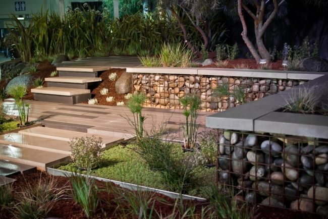 Gabionenzaun Selber Bauen Betonplatten Darauf Terrasse