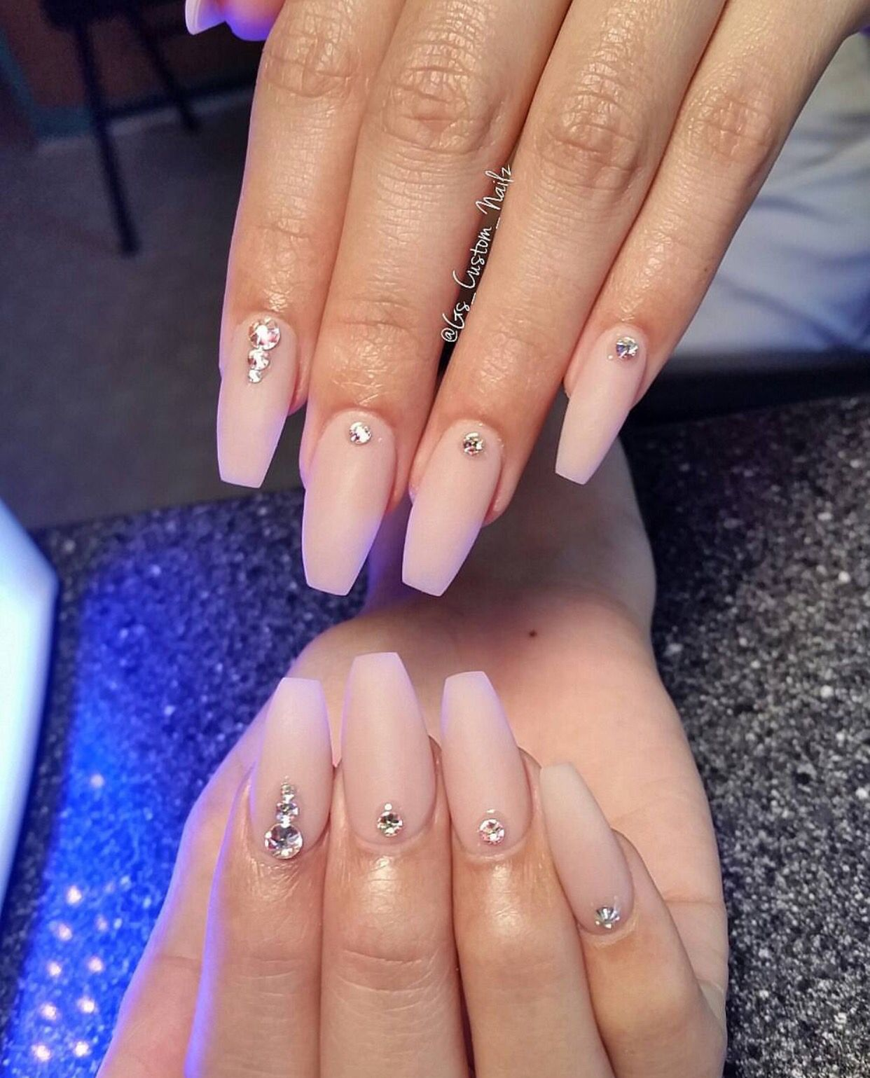 Coffin Nails With Jewel Accents Rhinestone Nails Nail Jewels Simple Acrylic Nails