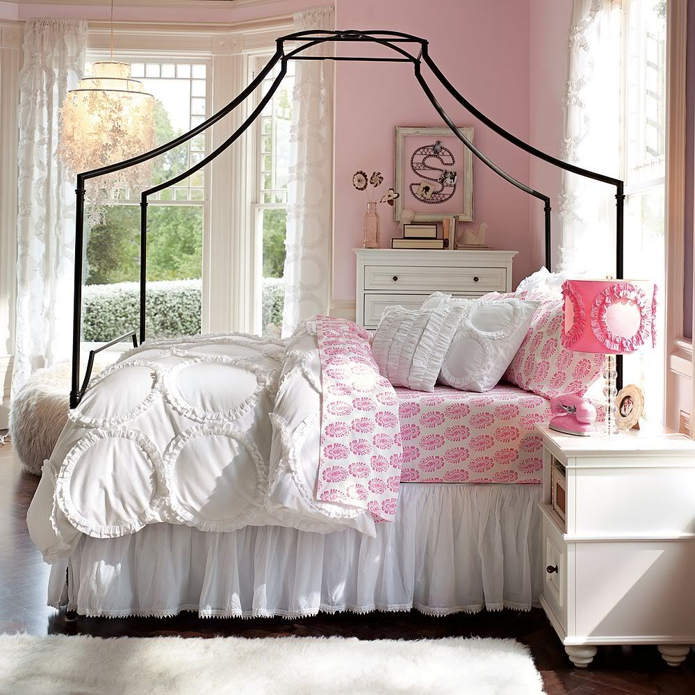 Canopy bed for teenage girls - White Bedding Set In Unique Canopy Bed In Soft Pink Color Scheme Young Girls Bedroom Design Ideas