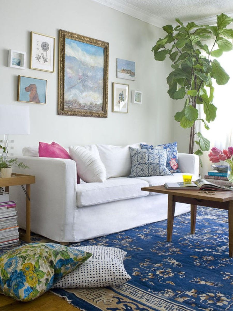 bohemian-chic-living-room-decoration-with-pretty-blue-oriental-area ...