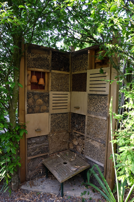 hotel insectes jardin potager kitchen garden en 2018 pinterest insectes. Black Bedroom Furniture Sets. Home Design Ideas