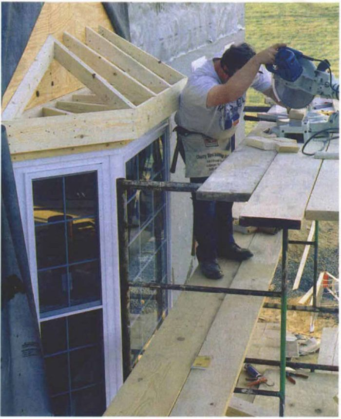 Framing A Bay Window Roof Bay Window Exterior Bay Window Bay Window Living Room