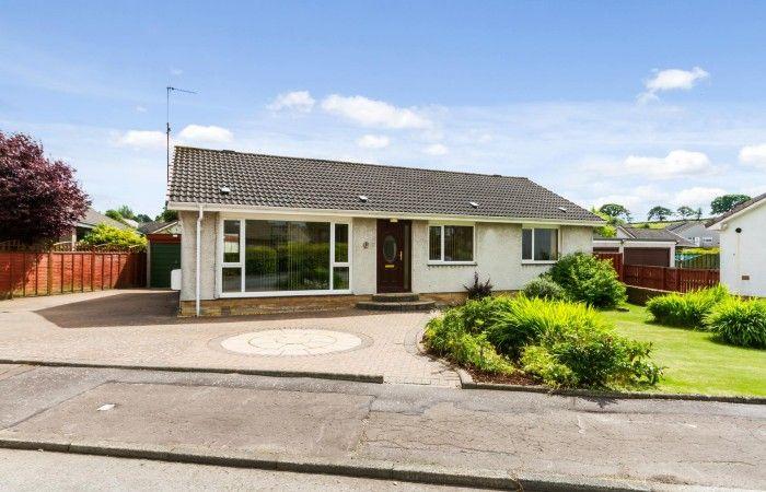 3 Loch Road, Saline, Fife, KY12 9UL