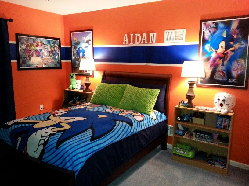 Sonic Bedroom. Graphic Wall Art And Bedding Add To The Vibrant Walls Making  This Room