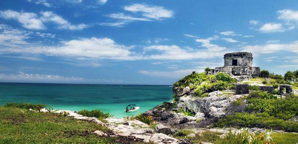 Ривьера-Майя является идеальным местом для отдыха с потрясающе красивыми белоснежными пляжами, омываемыми бирюзовыми водами Карибского моря. #Mexico