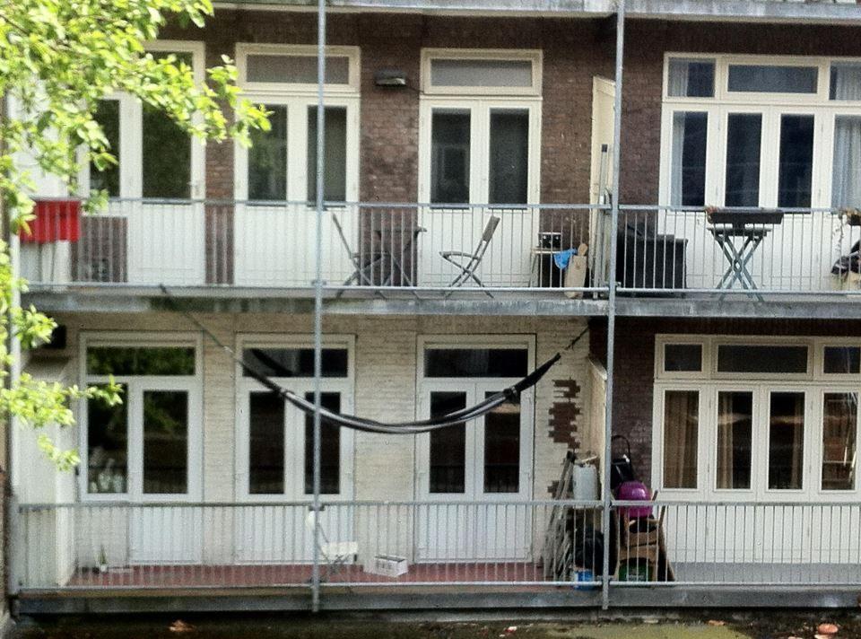Hangmat Ophangen Balkon.Gespot Maranon Hangmat Op Een Amsterdams Balkon Life Is A