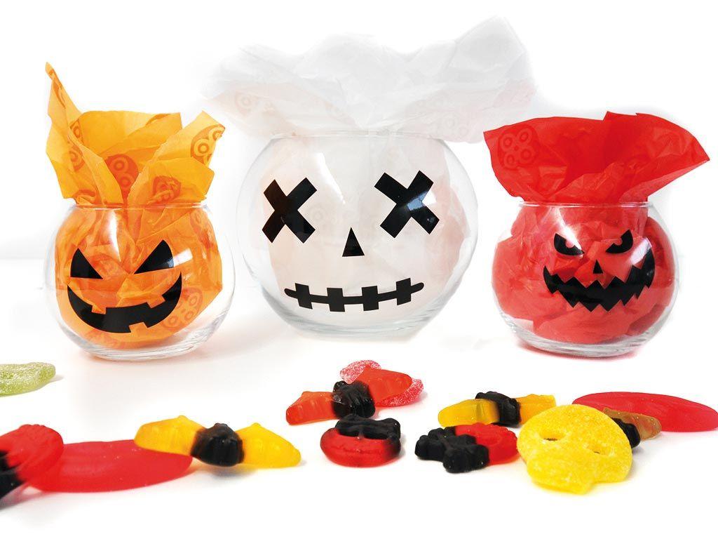 Crea un escenario terrorífico para Halloween