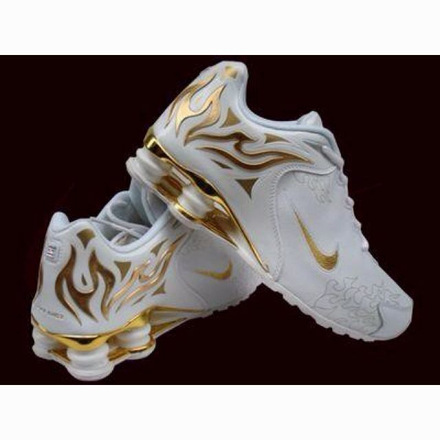 58a9d99b46 So BAD A   - I want these! Lovin the gold flames!