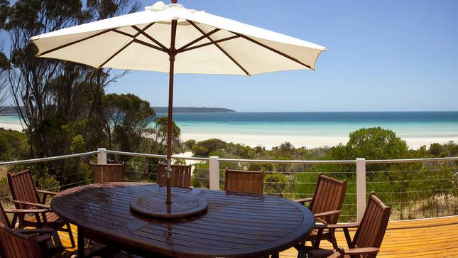 Your Private Deck Overlooking Island Beach Kangaroo Island Star Beachhouse In Island Beach