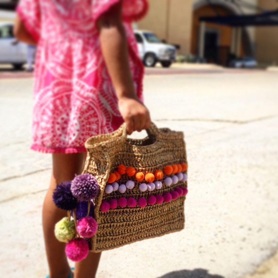 Crocheted raffia beach bag. Made by @micacrochet