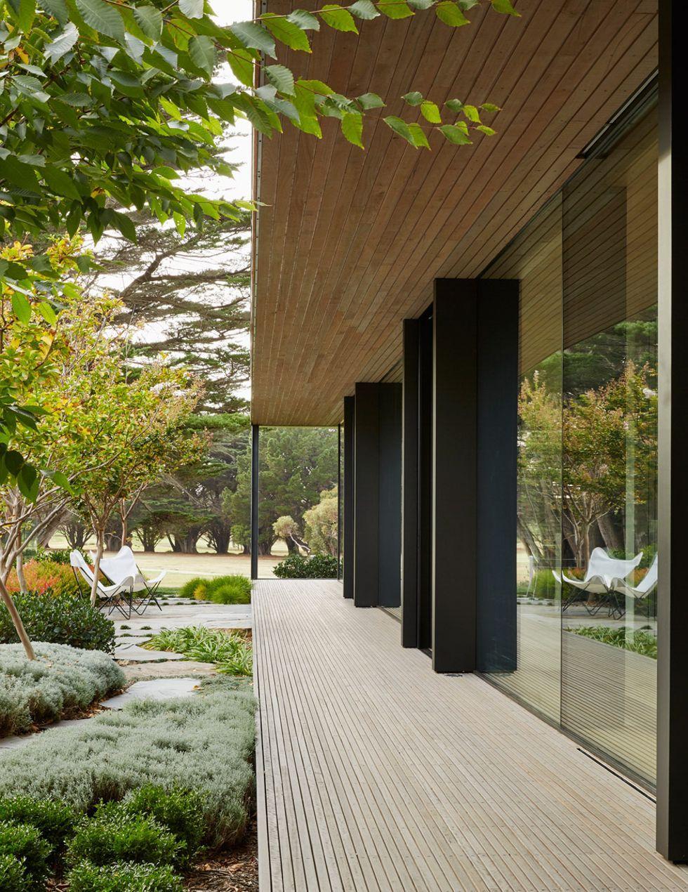 links-courtyard-house-inarc-architects-melbourne-australia_dezeen_936_17