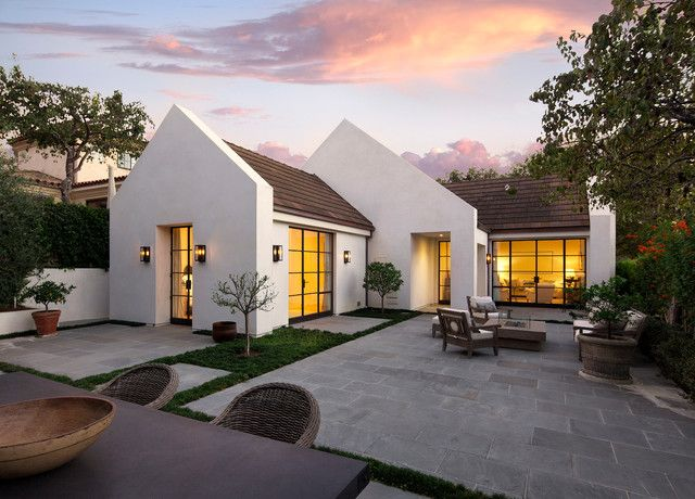 16 Eye Catching Transitional Home Designs That Will Make Your Jaw Drop Part 2 House Exterior Exterior Design Bungalow Design