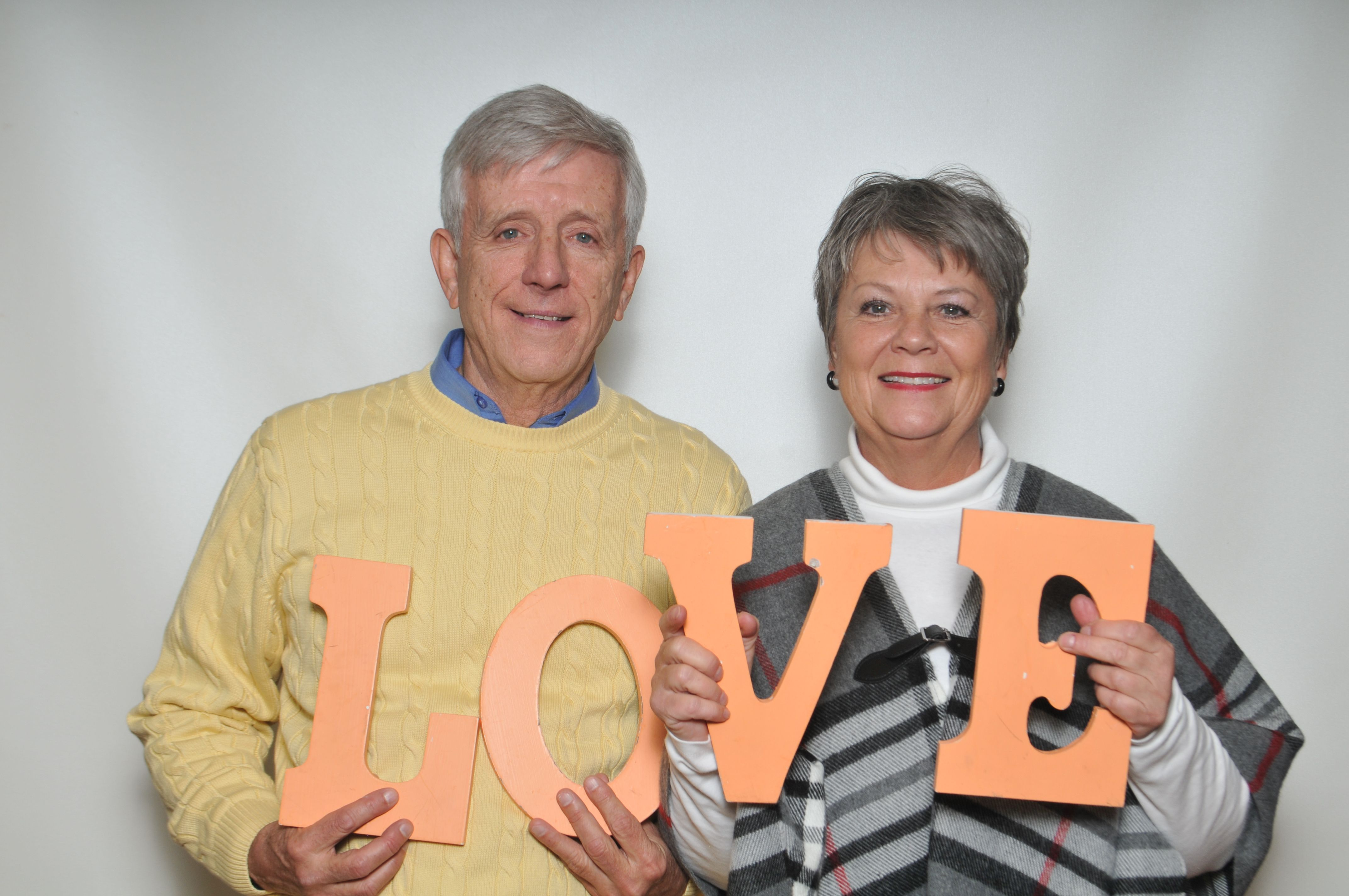 Some love in the photo booth!