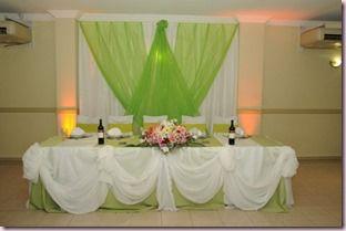 Decoracion de fiestas con tela decoraci n con telas para for Decoracion de 15 anos con telas