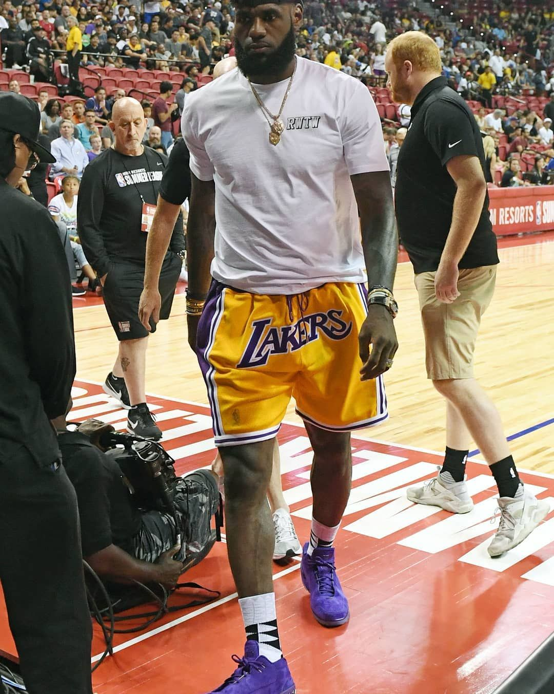 4342c0cfba3  kingjames showed up to  nbasummerleague sporting a laker themed outfit.  Who else is pumped for the  nba regular season to start