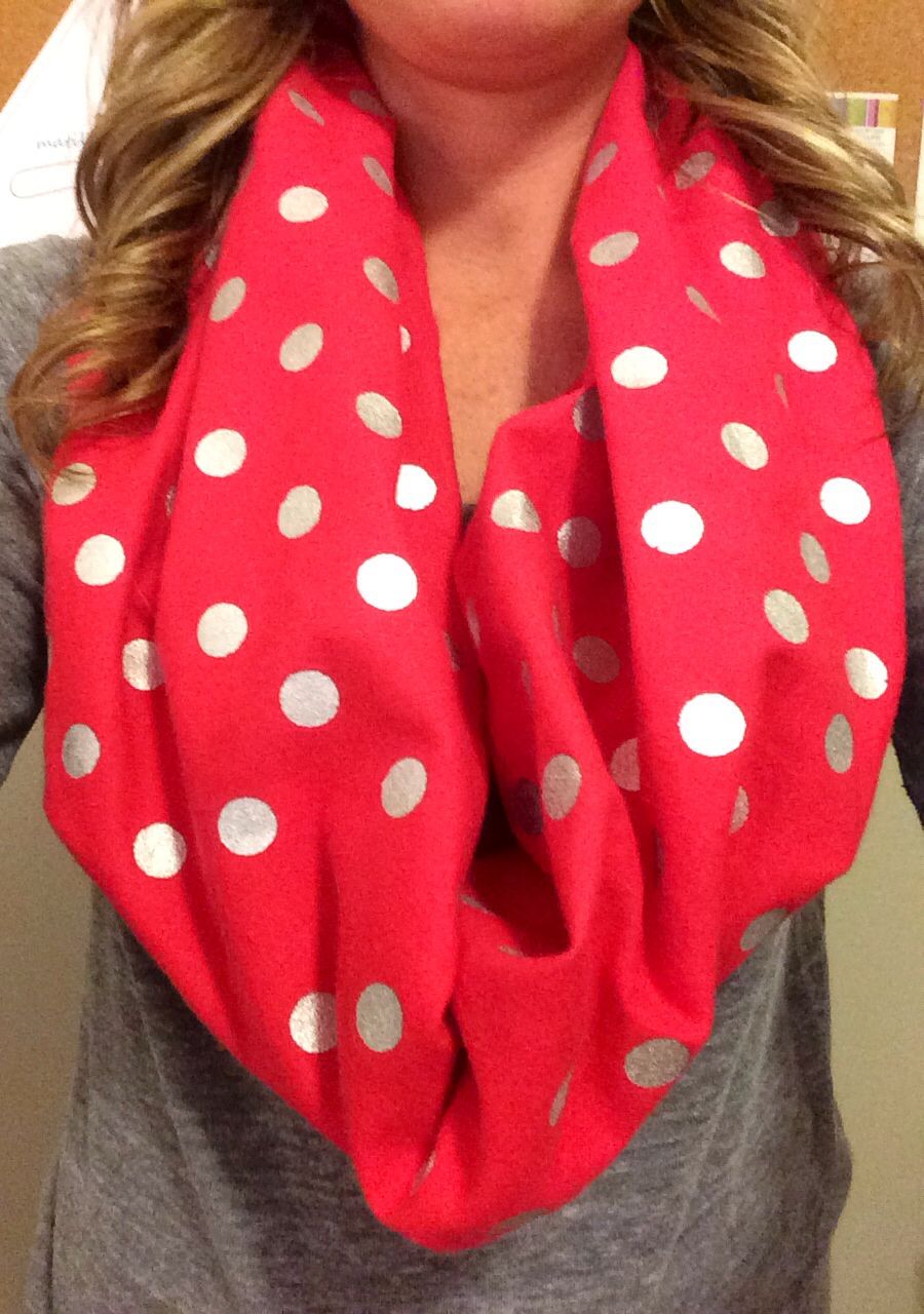 Perfect for game day! #scarletandgray www.etsy.com/shop/dolcevitaboutique