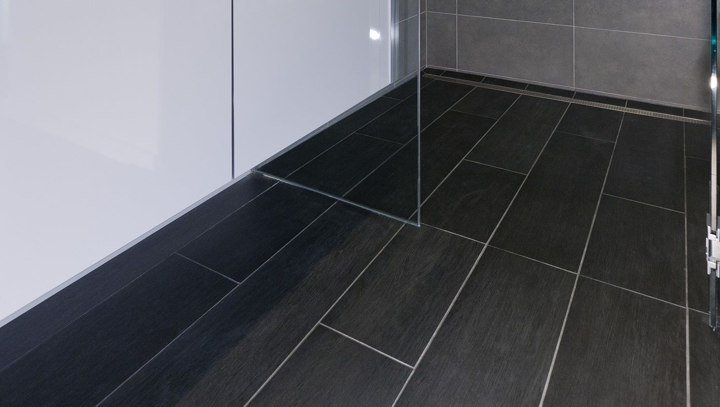 Wood look tiles in a shower wood grain plank tile seattle tile flooring dailygadgetfo Images