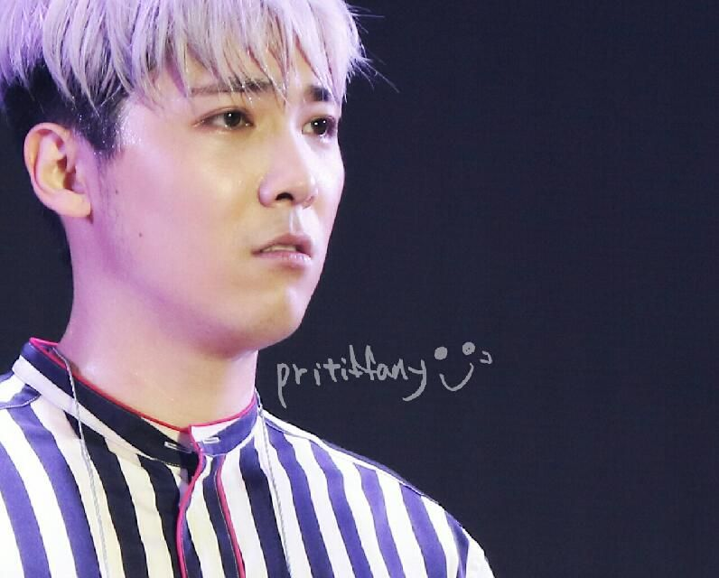 """""""@beamer55555: Hongki (CR: Pritiffany) """" I think this is the moment when his eyes teared ㅠㅠㅠㅠㅠ"""