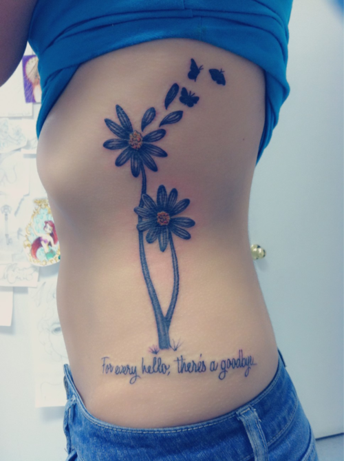 16 Cheerful Daisy Tattoos Daisy tattoo designs, Daisy