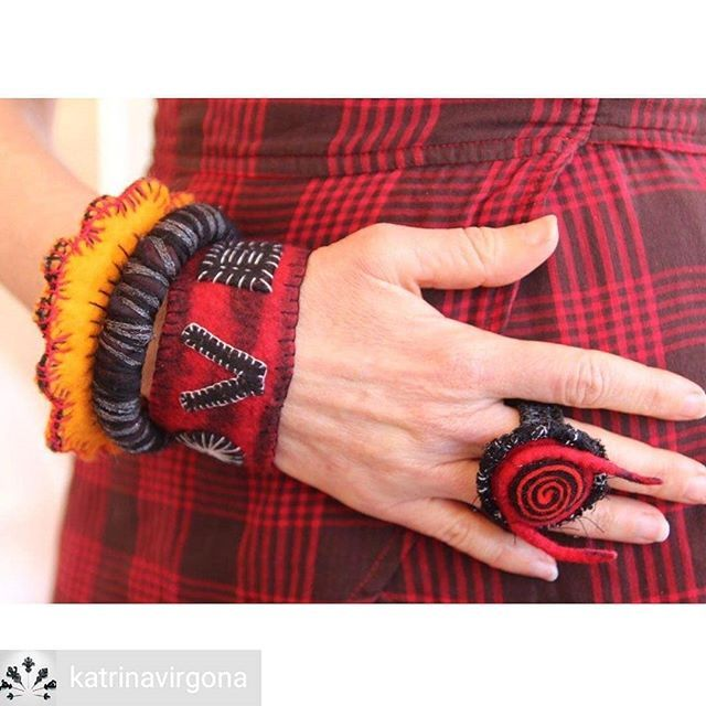 Unique contemporary jewelry by Katrina Virgona >>> @katrinavirgona 💕 . Textile bling from kv workshops last year. Red & black for a change (!) Photographed at Feltwest by Nancy Ballesteros @treetops.colours Thanks Nancy! . . . . . . . . .  #Ilovetextiles #yarnaddict #materialitymatters #fibreartaustralia #hillsartist #ilovefelt #textilestudio #perthartists #handmade #contemporarytextiles #slowmade #surfacepattern #slowstitched #feltjewellery #onthepointofaneedle #jewelryart