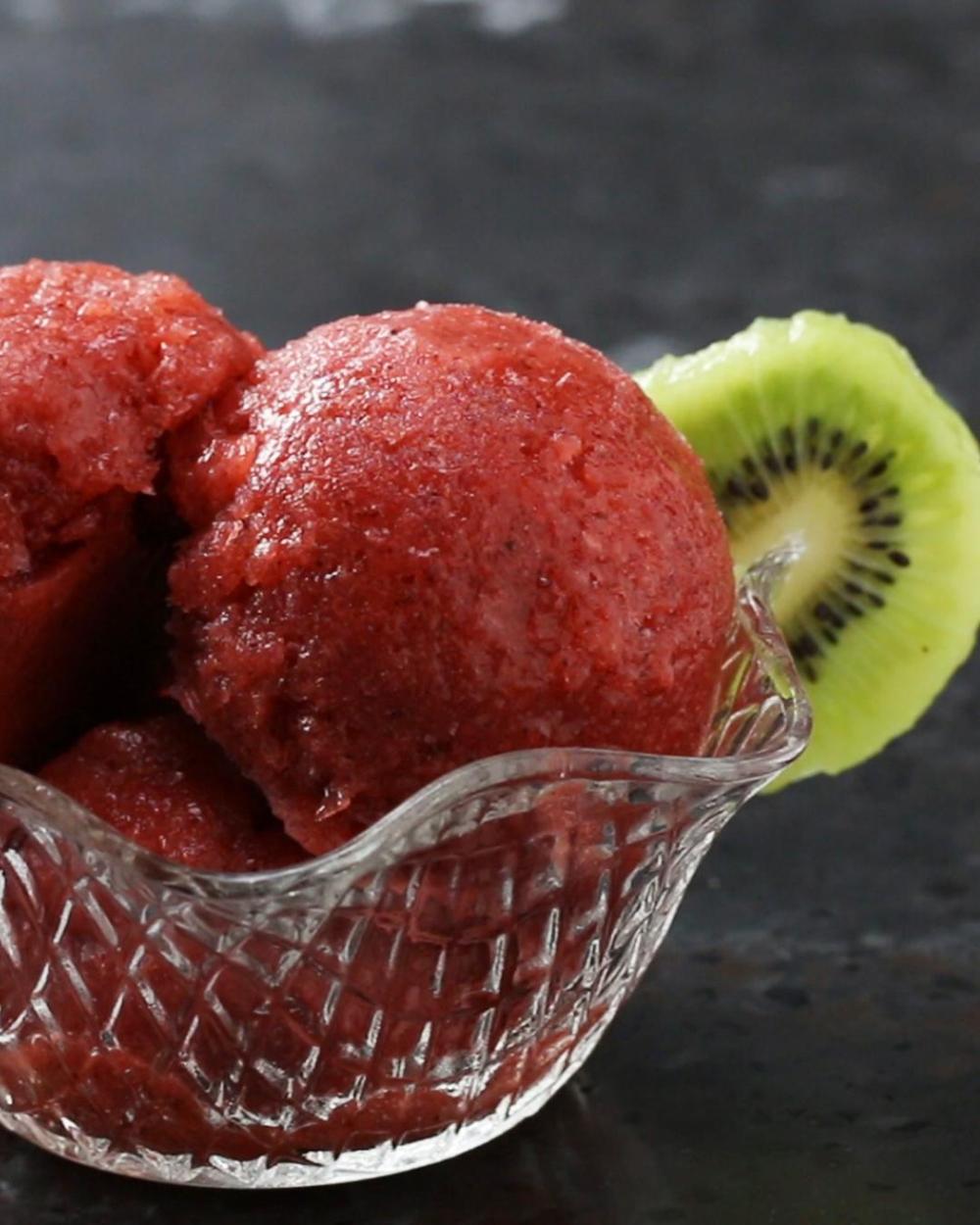 Raspberry Lemonade Sorbet #raspberrylemonade